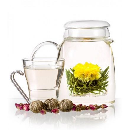 Cvetoči čaj zlatega ognjiča